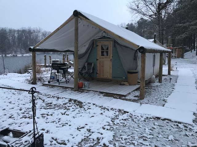 Tent Cottage Lake Side Glamping Fall and Winter 2