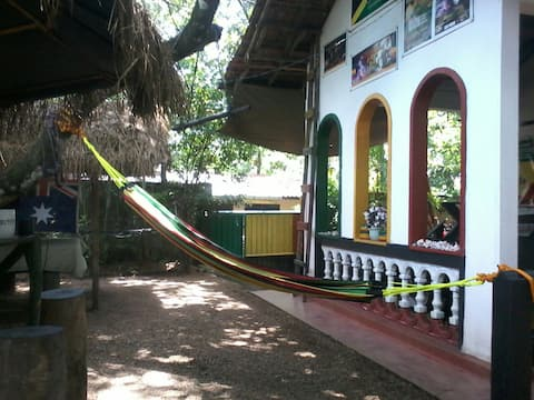Survival Reggae Club of Sri Lanka. House-Cabanas