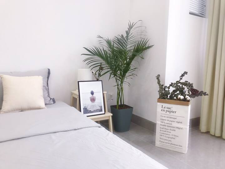 【慢时间·生活小宿】万达商圈/地铁口/近朝阳广场中山路/极简一居大床房