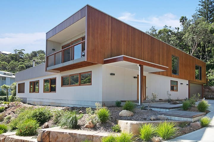 Luxury family home close to beach - North Avoca - House