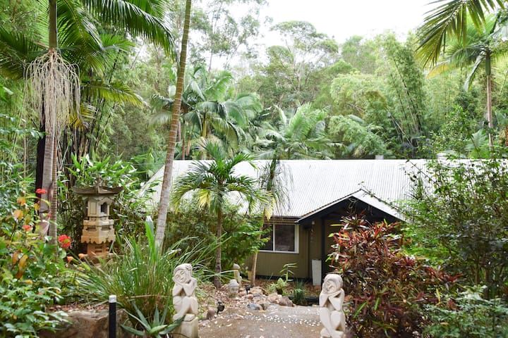 Your Own Rainforest Retreat Getaway