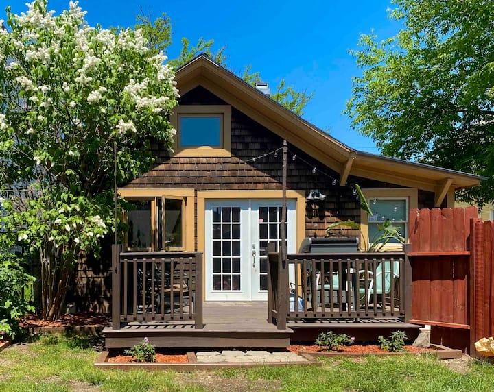 Cozy Burlington Getaway w/ Private Deck & Yard