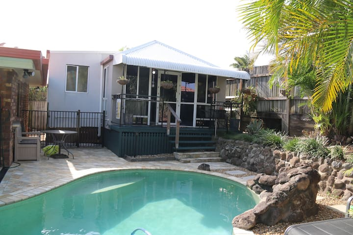Wynnum Pool House