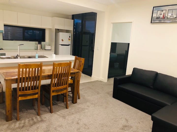 703 Sydney Airport Services Apartment 悉尼机场酒店式公寓