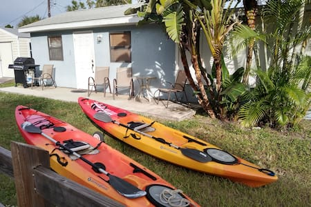 Englewood Vacation Rentals & Homes - Florida, United ...