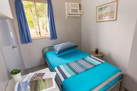 King Single Room at Beachfront Accommodation