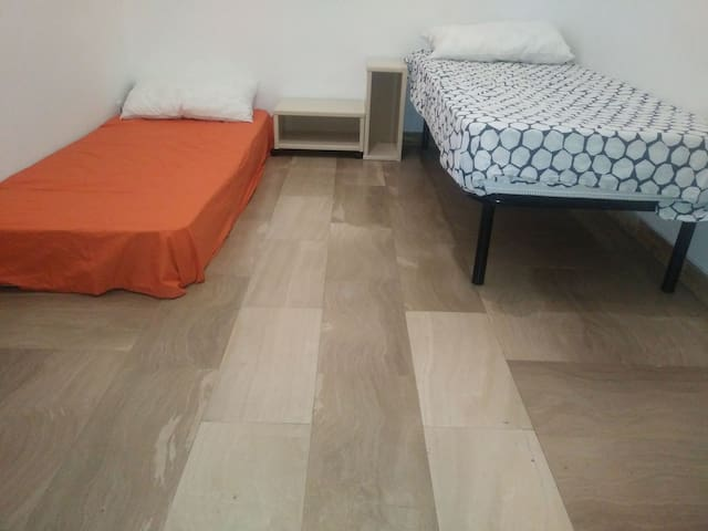 PrivateRoom, 2 people, SanSalvario(city center)!!!