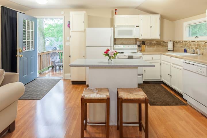 Basil Bungalow Back House (Plaza Midwood | CLT)