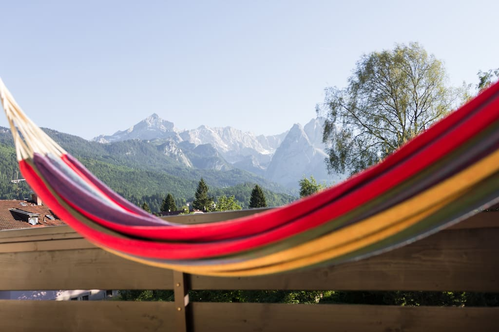 Balkon mit traumhaften Bergblick - Balcony with stunning view to the mountains
