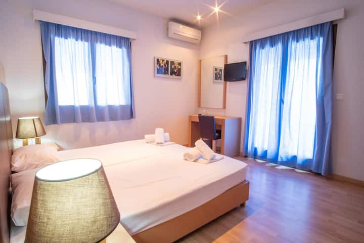 Villa Marianthi,double room 2, 100m from the beach