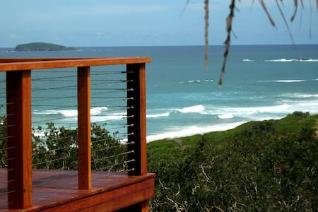 Headland Beachouse & Boatshed - Woolgoolga - Rumah