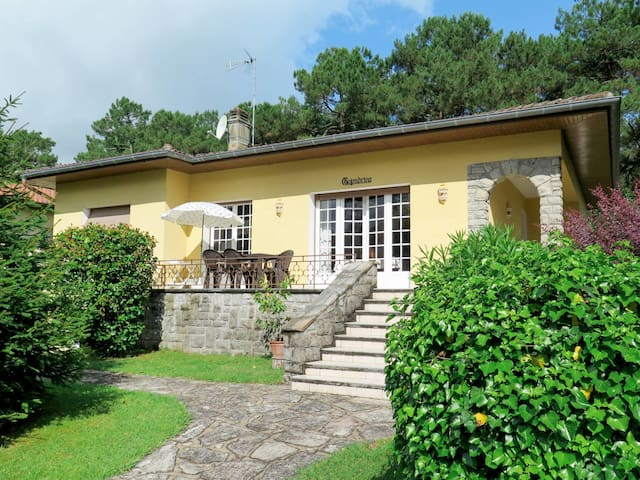 Attractive holiday home surrounded by beautiful garden and nature