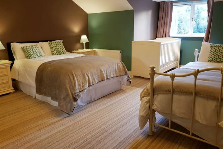 Torc Suite - Luxury Self Catering @ Ethan House