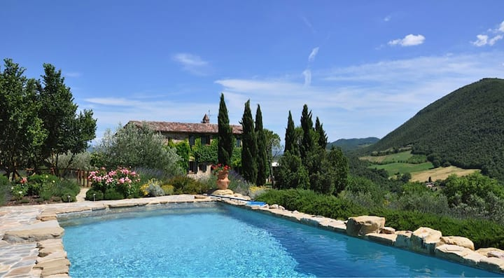 Umbrian Paradise with Magnificent View