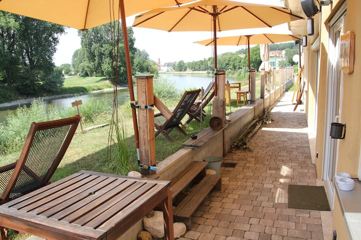 "Familienunterkunft, Familystudio ""Danubio"" river"
