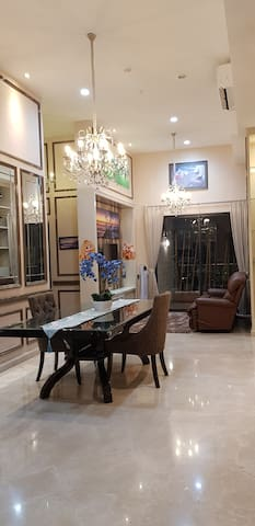 Sewa /Jual Apartemen The Peak Residence City View
