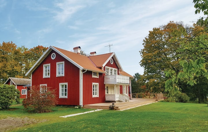 Idyllic nature retreat in the heart of Småland