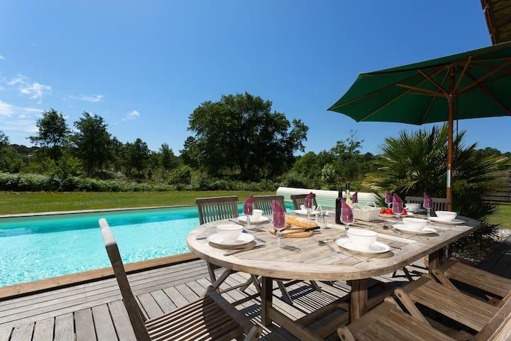 Piscine privée | Villa charmante près du Club de golf de Moliets