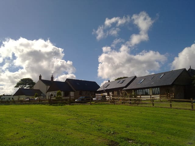 Converted Barn with panoramic views of Dartmoor