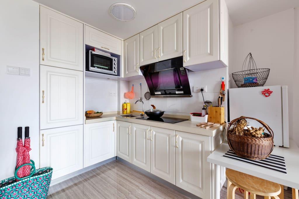 简洁厨房,小身材,大作用