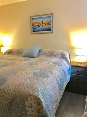 Large super king bed