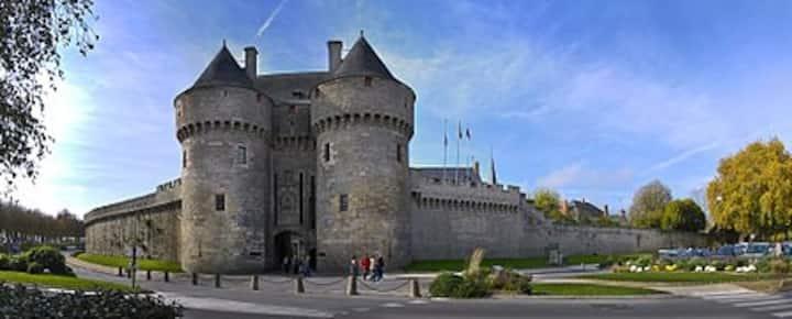 maison aux bords des remparts de Guérande