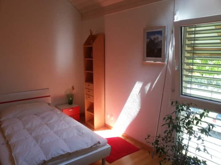 Chambre charmante à proximité de Lausanne