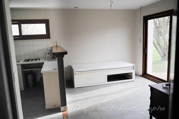 Meublé - Semblançay - Apartment