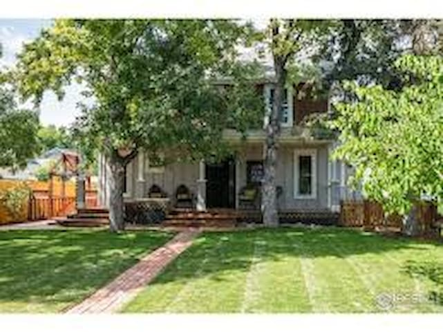 Historic Bed & Breakfast Rental~Entire House