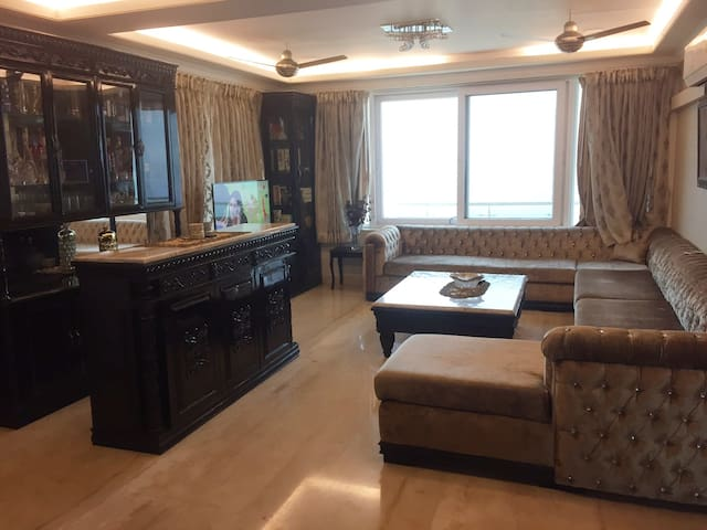 Dreamz Seaview (PH): Lavish 3 BHK Penthouse Apt