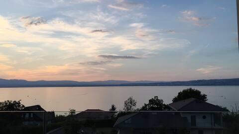 Appartement avec vue lac panoramique