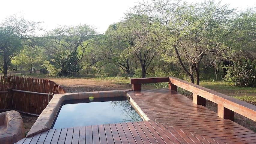 Marloth Kruger Whispering Ants- Rustic Elegance - Marloth Park - Huis