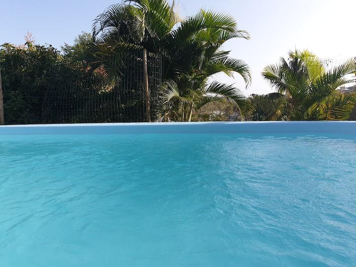 Goyav'Appart F2  au Vauclin avec piscine & jacuzzi