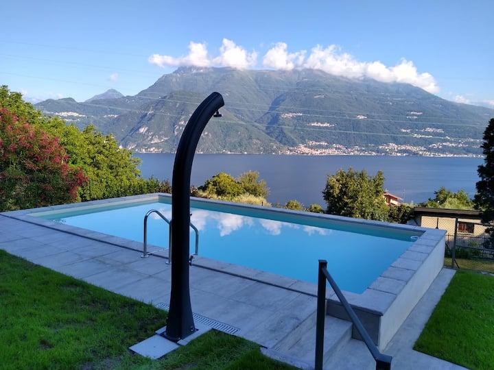 """Luxury apartment """"alloro"""" lake view and pool"""