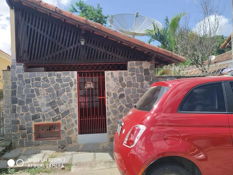Casinha aconchegante em Miguel Pereira.