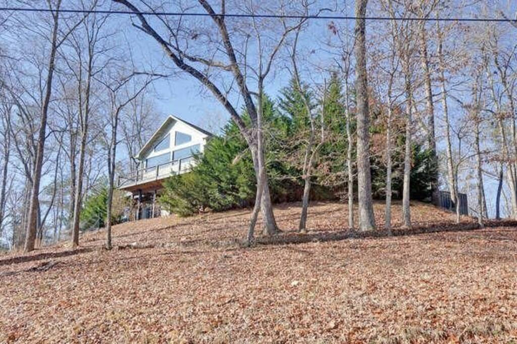 Corner lot offers great mountain views and privacy.