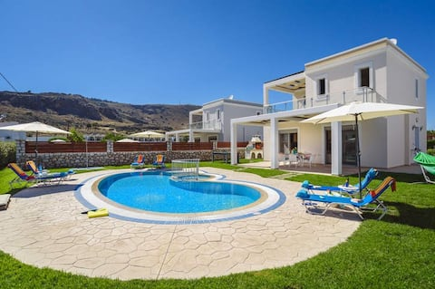 Stylish villa with private pool
