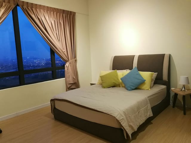 FINDING SHORT STAY 5 min PENANG Sentral 幸福一室民宿