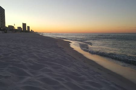 Steps From Beach! Great SPRING BREAK rates!!~ - Panama City Beach