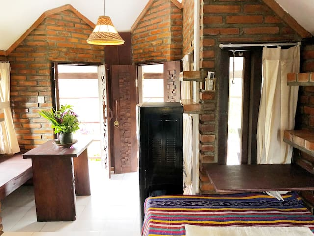 Bata Bata guesthouse-private room in Ubud Centre 1