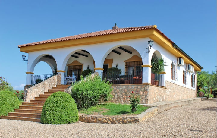 Villa with 3 bedrooms in Hornachuelos, with shared pool, enclosed garden and WiFi