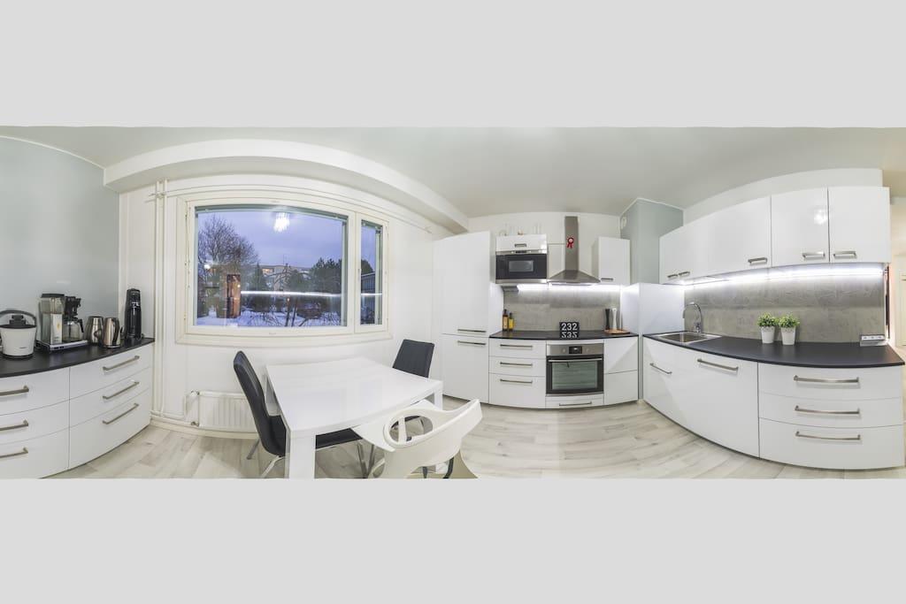 360 Kitchen