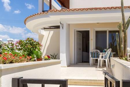 Larnaca Golden Beach Apts, 1 bedroom apt (2)