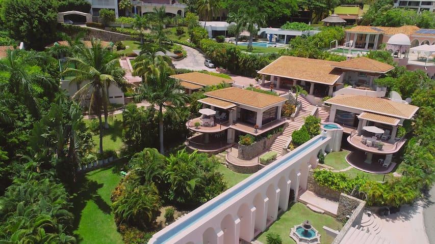 Lujosa Villa Pueblito 20 personas 8 habitaciones