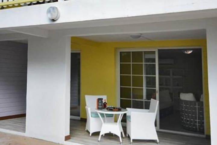 T2 indépendant rdj villa pour 2/4 pers au Robert