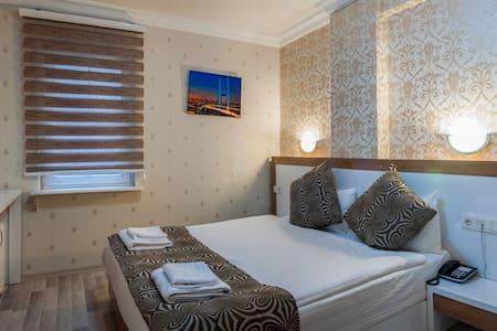 1 pax Deluxe Apartment YENİBOSNA - Bahçelievler - Maison
