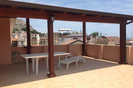 Appartamento panoramico a 50m dal mare - Roccella Ionica - Apartment