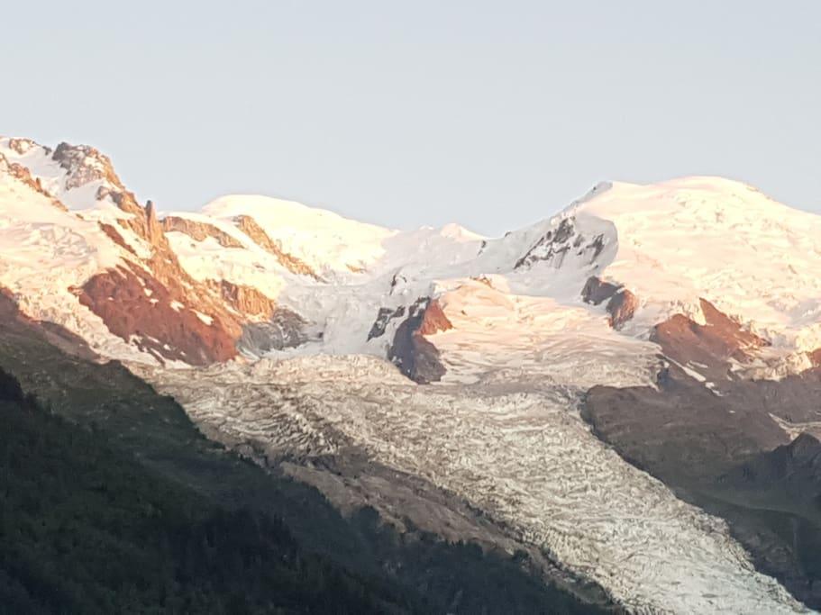 Le glacier des Bossons, vue du balcon