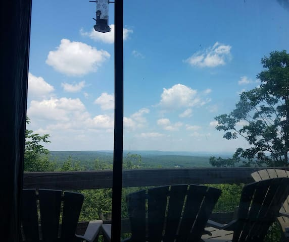 ⭐⭐⭐⭐⭐The View from Camelback. Heart of the Poconos