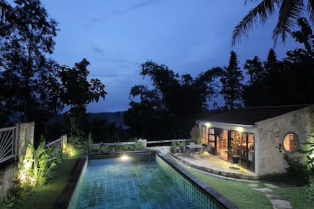 Villa Sunset 2bedrooms French style - yogyakarta - Villa
